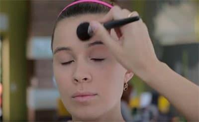 База для легкого макияжа
