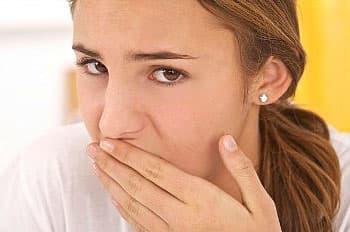 Причины тошноты перед менструацией
