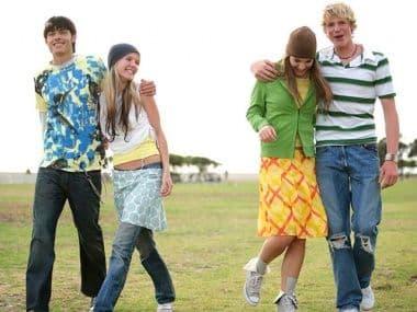 Первая любовь подростков: что нужно знать родителям